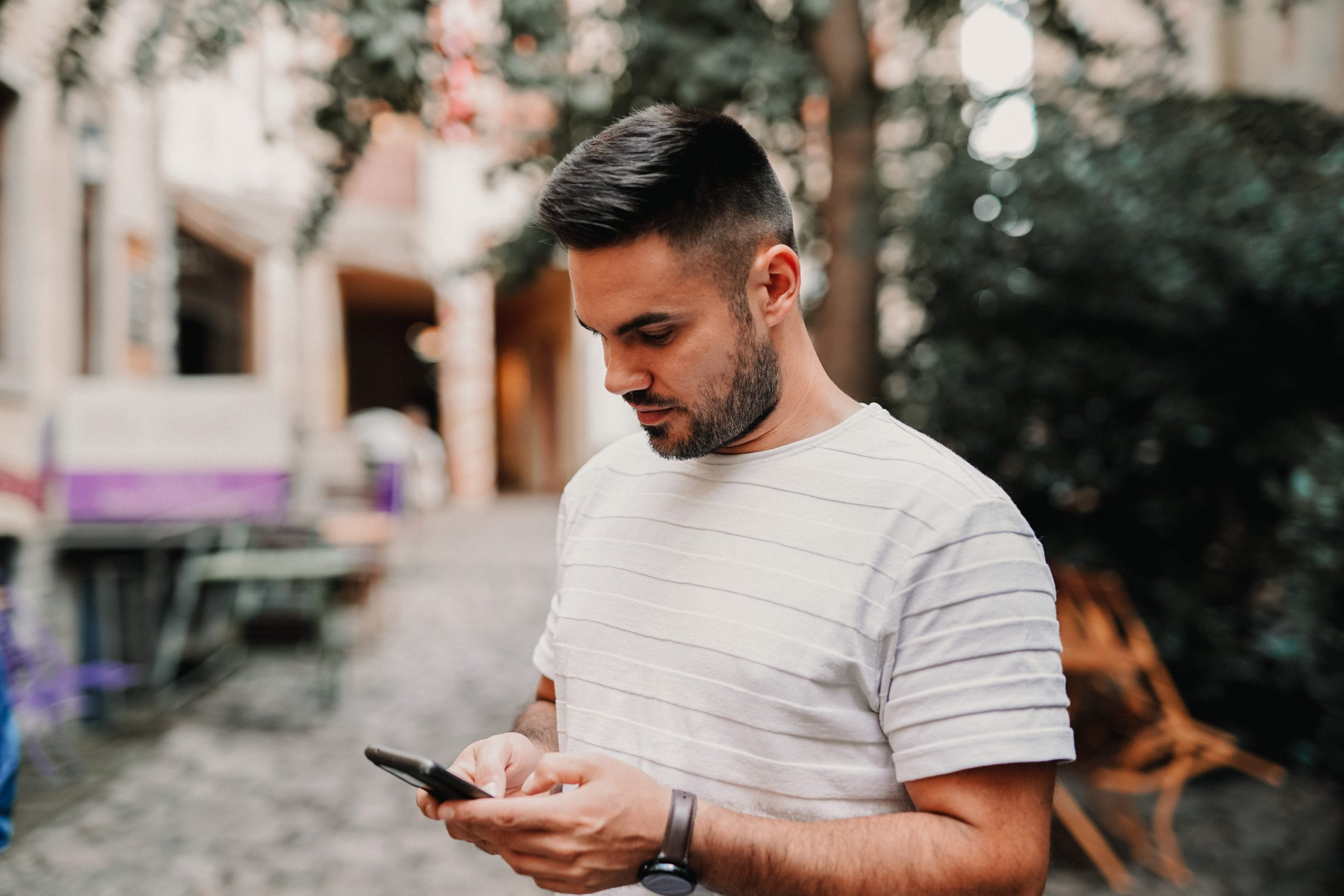 Image for Here's How to Stop Clients From Texting Your Cell Phone
